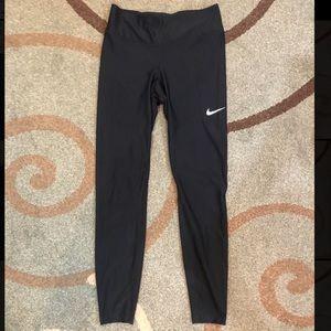 Nike yoga leggings